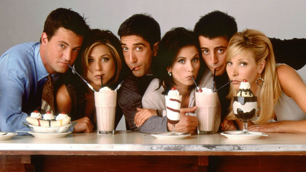 Friends cast photo - milk shkes - season 1