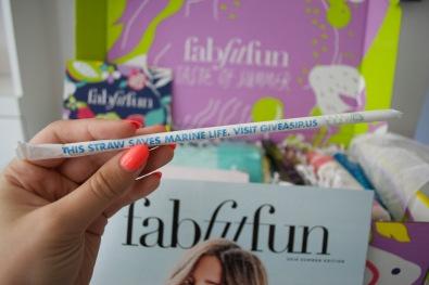 FabFitFun Summer 2018 - Straw