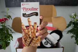 Pirouline dark chocolate rolled wafers