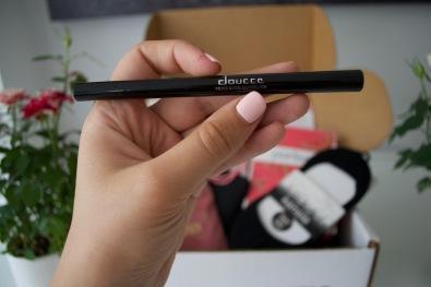 Doucce fierce + fine graphic pen